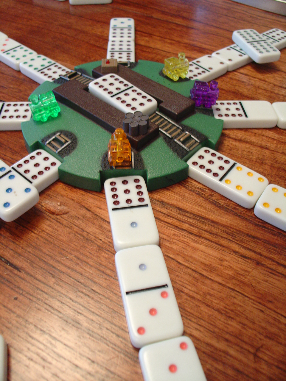 Play domino game online for free